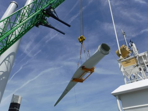 Crane rails: why they improve offshore lifting capabilities